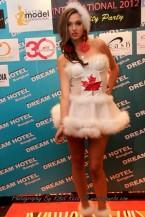 supermodel costume 12