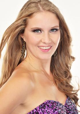 Paige F., Alberta