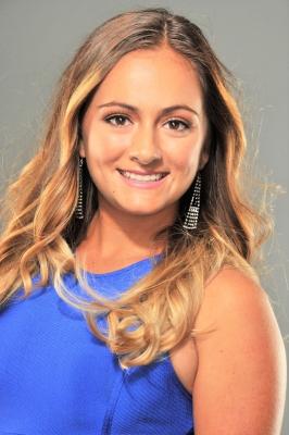 Nicole  B., Ontario
