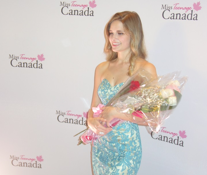Sohpia DeCarle 3rd place at 2017 Miss Teenage Canada