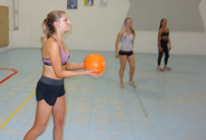 swaeting while playing Volleyball in GTA sportsplex